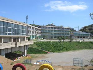 篠島小学校・篠島中学校 (旧内海高校篠島校舎)